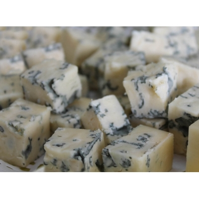 "Сыр ""Royal cheese"" с голубой плесенью"
